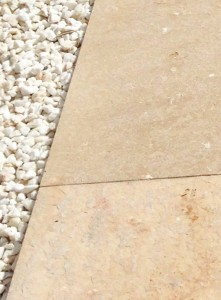 Detalle Levante AC flameado - Molmar Stone